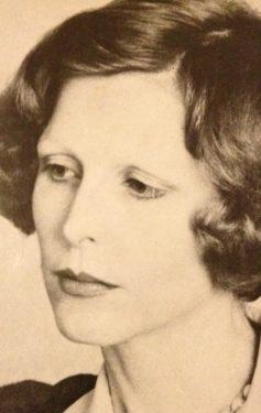 Елізабет Макніл
