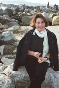 Олена Макарова